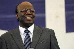 Ministro Joaquim Barbosa já quer aumento. Salário de R$ 30 mil.