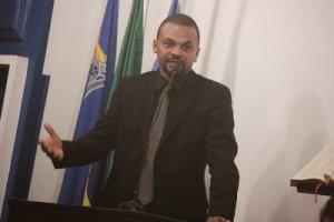 POLICIAL CIVIL SUSPEITO DE MORTE DE CRIANÇA EM AMARGOSA É VEREADOR