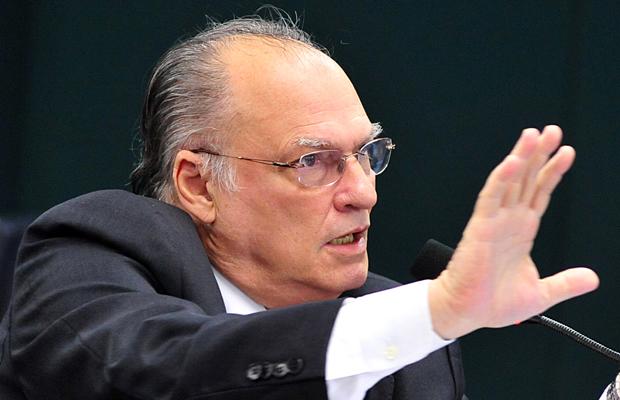 http://www.bahianapolitica.com.br/fotos/p/31013-3.jpg