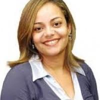 Ex-prefeita Cibele Oliveira