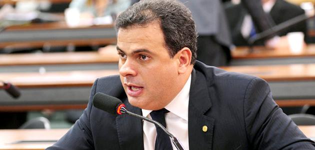 Resultado de imagem para o deputado João Carlos Bacelar (PR-BA) t