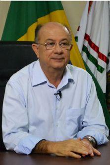 Prefeito José Ronaldo de Carvalho (DEM)